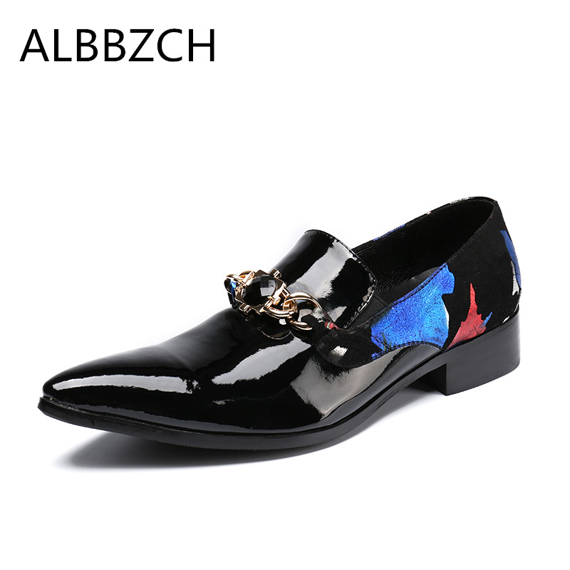 Spring summer new printing patent leather men shoes fashion buckle patchwork mens loafers pointed toe casual party dress shoesSpring summer new printing patent leather men shoes fashion buckle patchwork mens loafers pointed toe casual party dress shoes