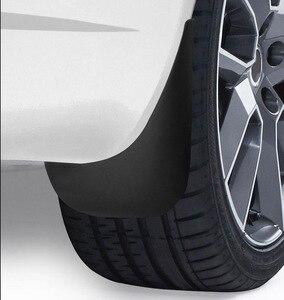 Image 5 - אמיתי XUKEY רכב בוץ דשים עבור אאודי A3 A4 A6 (8E 8P B6 B7 C6) mudflaps משמרות Splash בוץ דש מגני בץ פגוש אביזרי רכב