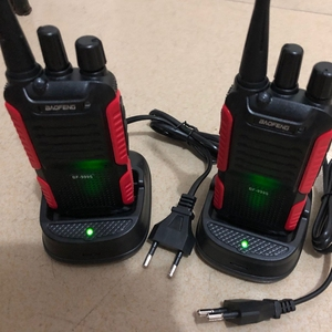 Image 1 - 2pcs 2018 החדש Baofeng 999S מכשיר הקשר UHF 400 470mhz כף יד שתי דרך רדיו חזיר אביזרי CB רדיו
