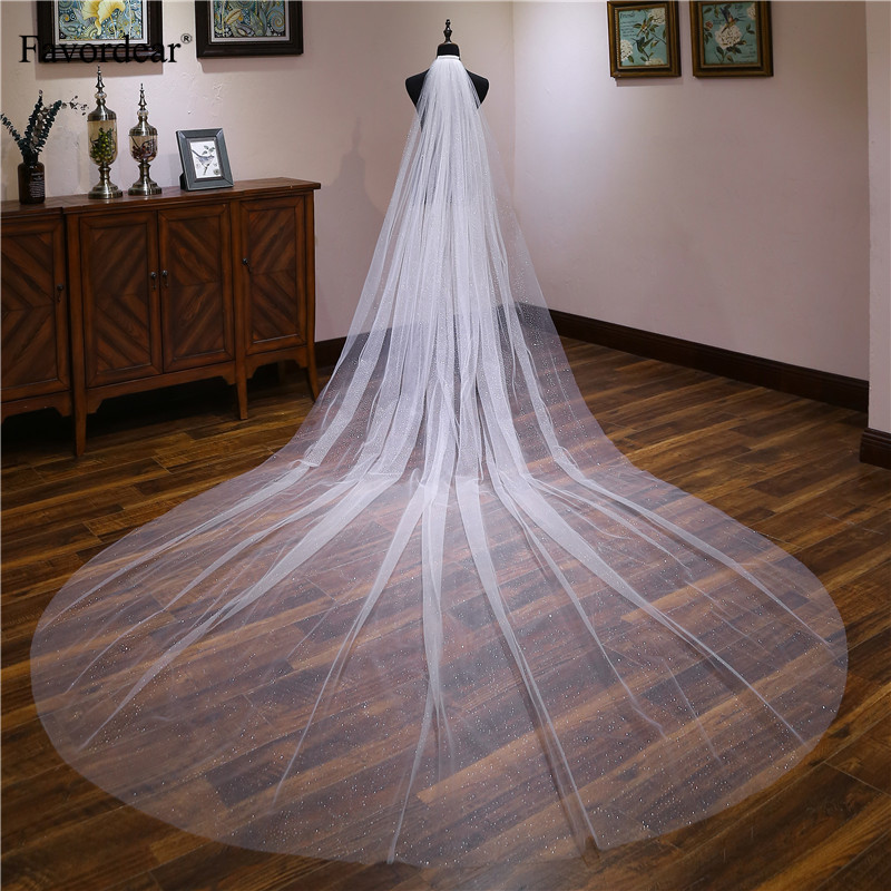 Colorful House 2 Tier Simple Lace Appliques Wedding Tulle Bridal Veil With Comb