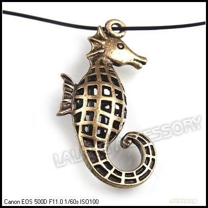 Wholesale Alloy Antique Bronze Plated Cool Hollowed Sea Horse Pendant Fit Jewelry Making 40x21x8mm 24pcs/lot 141927