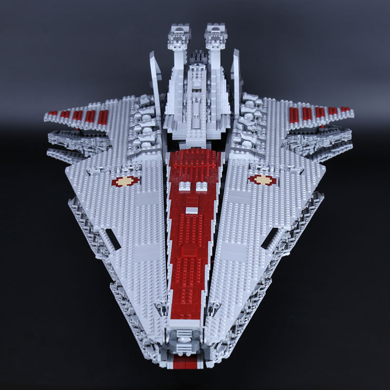 Hot 05077 Genuine Star Series The UCS Rupblic Star Destroyer Cruiser ST04 Set Building Blocks Bricks Funny Educational Toy War lepin 05077 stars series war the ucs rupblic set star destroyer model cruiser st04 diy building kits blocks bricks children toys