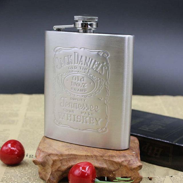 Whisky Bottle Stainless Steel Wine Hip Flask 7oz Travel Alcohol Whisky Pocket Hip Flask Silver Whisky Alcohol Bottles MS351