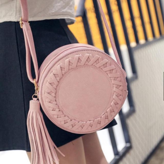 2018 NEW HOT SALES Women Fashion Tassel Sling Round Weave Zipper Shoulder Bag 19*19*8cm