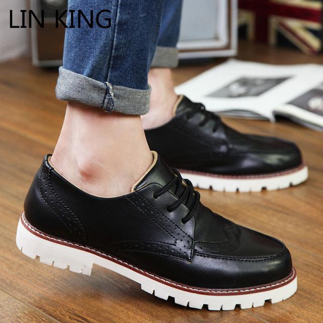 LIN REY Nuevo Estilo Británico Hombres Brogue Zapatos Fshion Talón Square Floral Lace Up Pisos Retro Carve Botines Planos