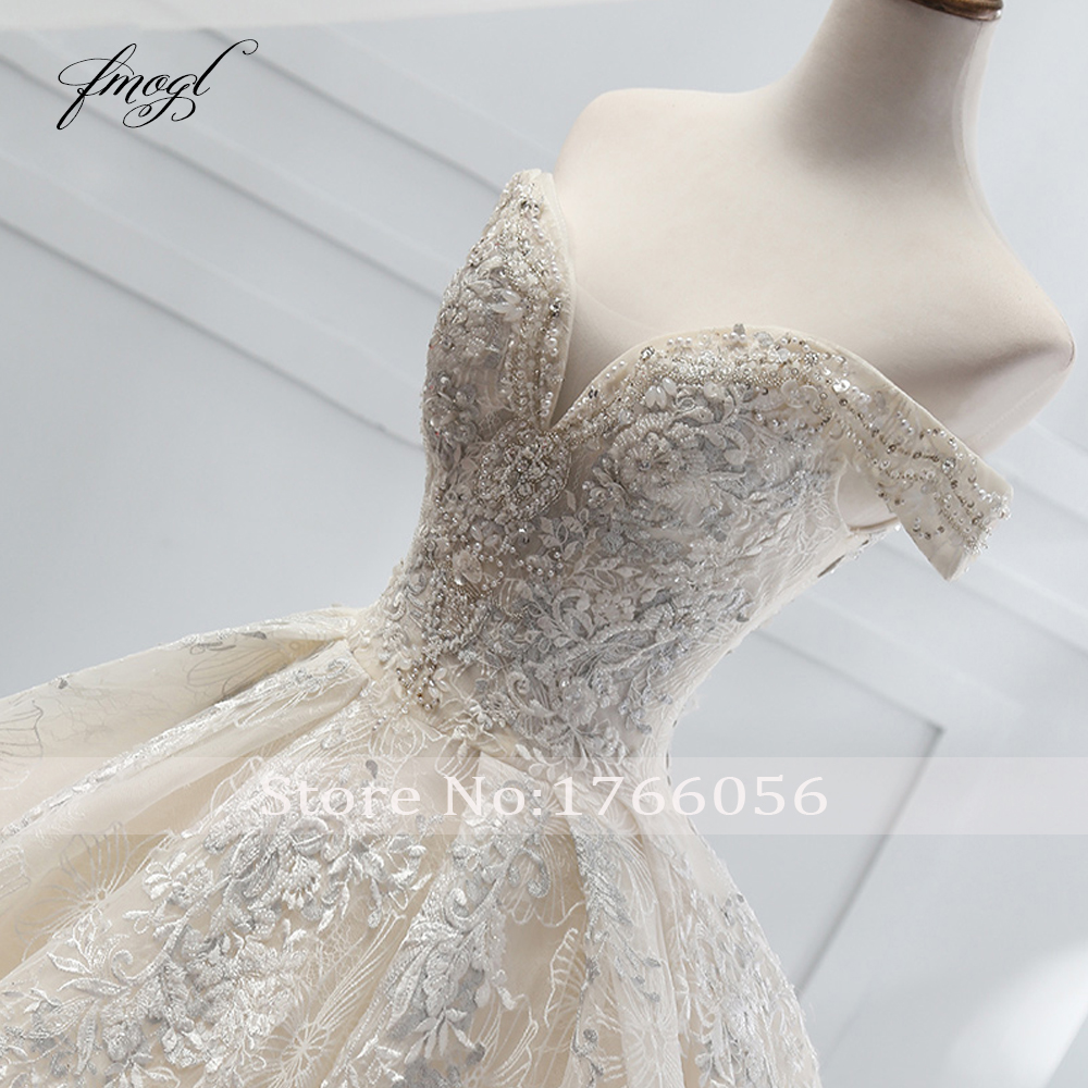 Image 4 - Fmogl Sexy Boat Neck Lace Ball Gown Wedding Dresses 2019 Appliques Beaded Chapel Train Vintage Bridal Gown Robe De Mariage-in Wedding Dresses from Weddings & Events