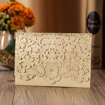 50ピースゴールドレッドレーザーカット高級フローラエレガントダイヤモンド結婚式招待状カードパーソナライズされた結婚式の好意イベント&パーティー用品1