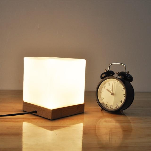 Kleine LED Tafellamp Hout Glas Cottage Stijl Nachtkastje Woonkamer ...