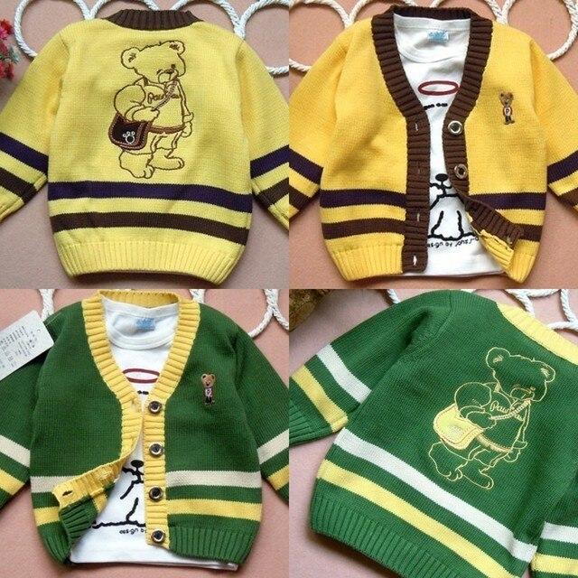 Осень медведь V - образным вырезом кардиган вязаный ребенок мужского пола свитер верхняя одежда желтый зеленый ребенок хлопчатобумажную рубашку