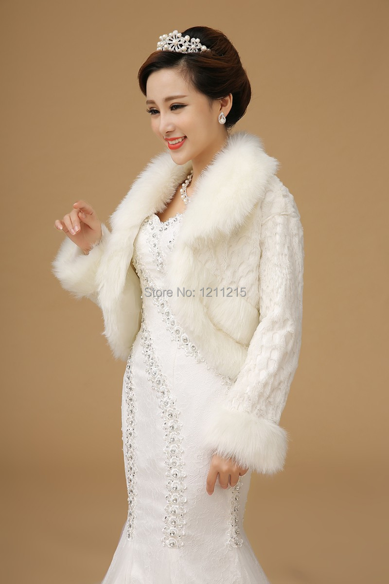 2016 Elegant White Fur Bridal Jackets With Long Sleeves