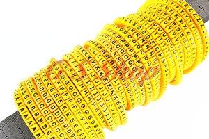 650 sztuk/partia EC-0 EC-1 EC-2 EC-3 4mm2 A-Z dwadzieścia sześć angielski list elastyczne druku z długim rękawem rury etykiety przewód sieciowy znacznik kablowy