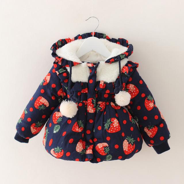 2016 Moda Otoño Invierno Bebé capa de Las Muchachas niños Fresa ropa de invierno chaqueta de bebé nieve desgaste