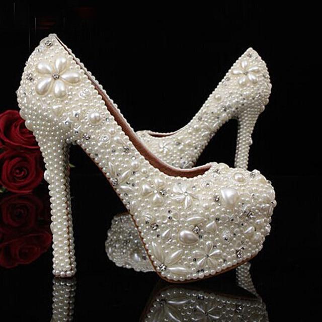 huge discount 1ae72 1da8f Beliebte New Ivory Frau Brautschuhe Dame Strass Kristall Party Prom Schuhe  Reizende Imitation Perle Hochzeit Kleid