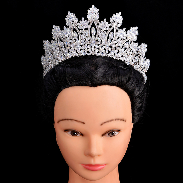 التيجان والتيجان HADIYANA الكلاسيكية موضة جديدة تصميم الزفاف إكسسوارات الشعر الذكرى الزفاف النساء BC5070 كورونا برينسيسا