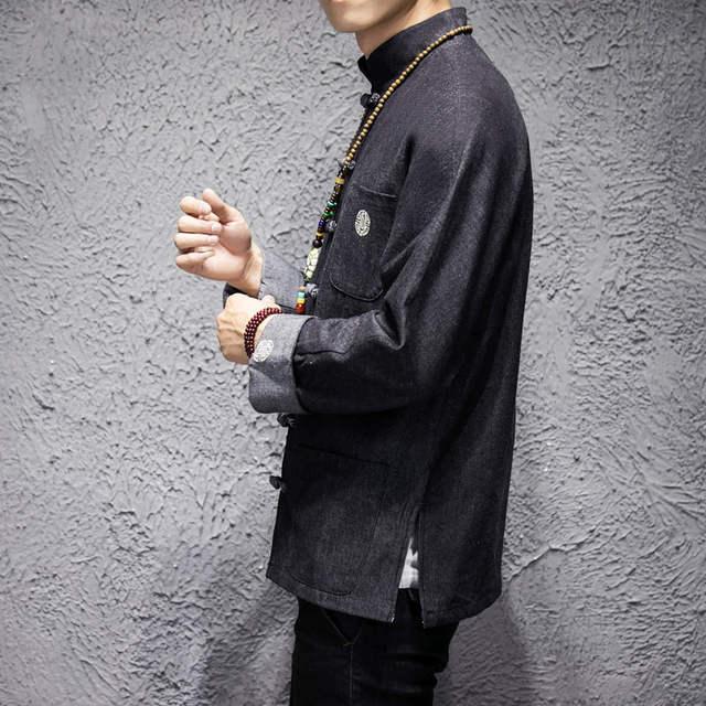 Chaqueta vaquera bordada con hebilla retro manga larga holgada para hombre joven