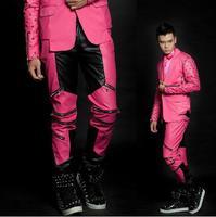 Rojo Negro empalme pantalones de cuero remache hombres hip-hop 1 Pantalones Hombre cantante etapa cuero empalme mens pantalones proporcionar personalizado