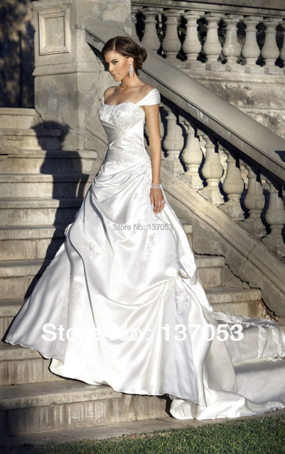 Wedding Dresses with Sleeves and Pick UPS