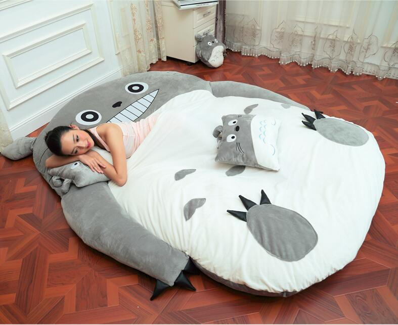Купить с кэшбэком 1.8x2.5m Huge Size Design European Cute Soft Bed Totoro Bedroom Bed Sleeping Bag Sofa 100% Cotton Hot In Japan And Canada
