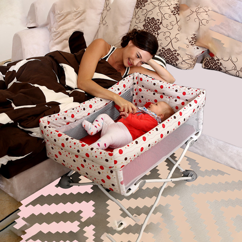 Baby Travel Mini Foldable Crib Portable European Crib With Mosquito Net Headboard Newborn Bed With Roller