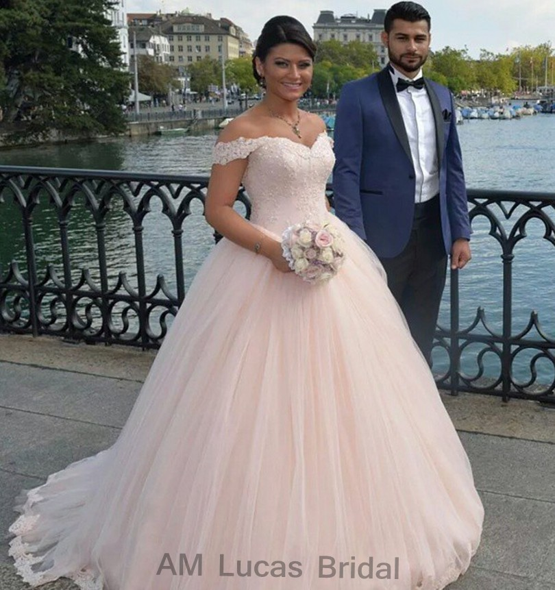 Свадебное платье аэропорт