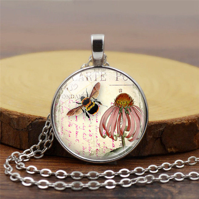 Bee necklace honeybee jewelry coneflower garden flower floral glass bee necklace honeybee jewelry coneflower garden flower floral glass pendant bronze link chain necklace women diy mozeypictures Images