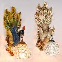 Европейский настенный светильник спальня лампа гостиная отель проект deluxe проходу лестницы Творческий павлин французское украшение светод