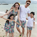 Beach Family fitted summer 2017 new  Mom daughter floral dress Dad Son T-Shirts + Shorts 2 pcs sets family clothing