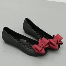 2017 NOVA moda Peep Toe sandals Doce Borboleta-nó das Mulheres sapatas da  geléia das mulheres sandálias jardim da Praia Da senho. 8198eef9ab08