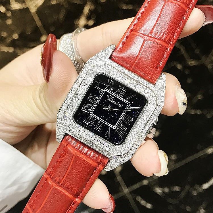 럭셔리 전체 다이아몬드 여성 스퀘어 팔찌 시계 숙녀 패션 가죽 스트랩 라인 석 쿼츠 시계 새로운 우아한 여성 시계-에서여성용 시계부터 시계 의  그룹 1