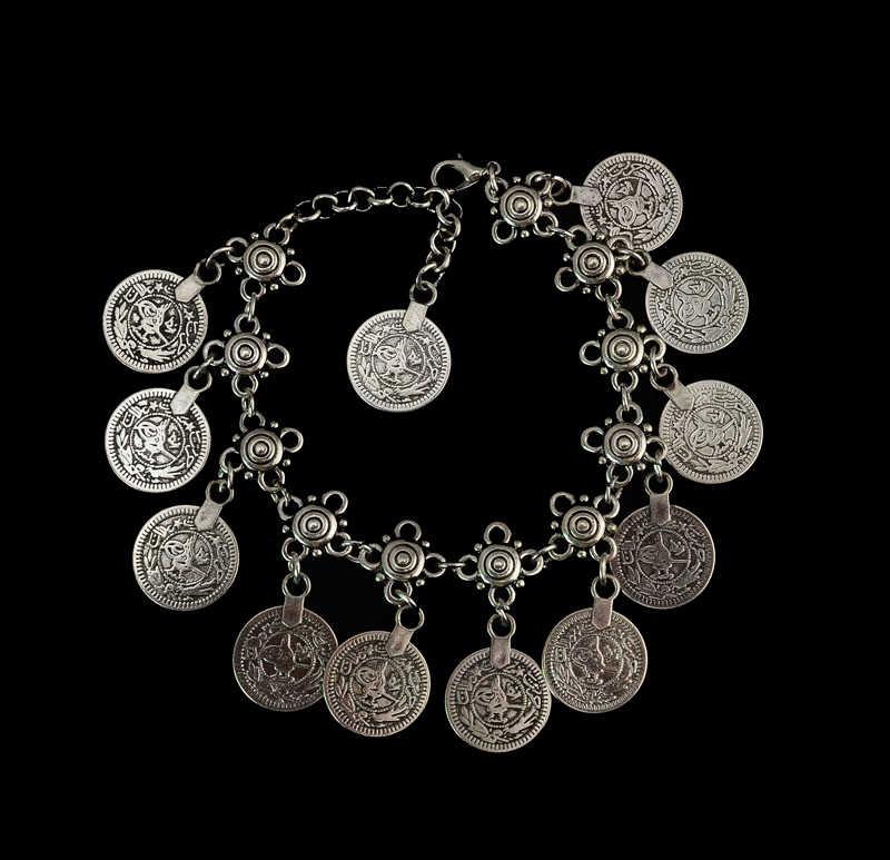 Tribal Gypsy tybetański srebrny czeski Metal Anklet urok wisiorek w kształcie monety stóp bransoletka dla kobiet Party Beach Indian biżuteria pulseira