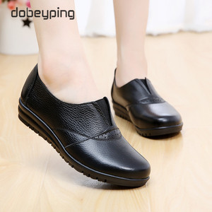 Image 5 - High Quality Genuine Leather Womens Casual Shoes Non Slip Flats Shoes Women Soft Mother Loafers Slip On Shoes Big Size 35 43