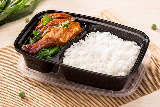 32 oz 2 compartment meal prep containers durable bpa free plastic food storage container. Black Bedroom Furniture Sets. Home Design Ideas