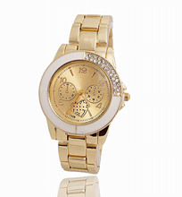 Wholesale Trend Gold Plated Crystal Watch Girls Girls Feminine Costume Quartz Wristwatches Glorious High quality TW043
