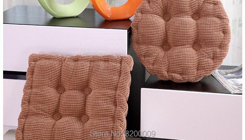 Corn-Cushion-790-02_07