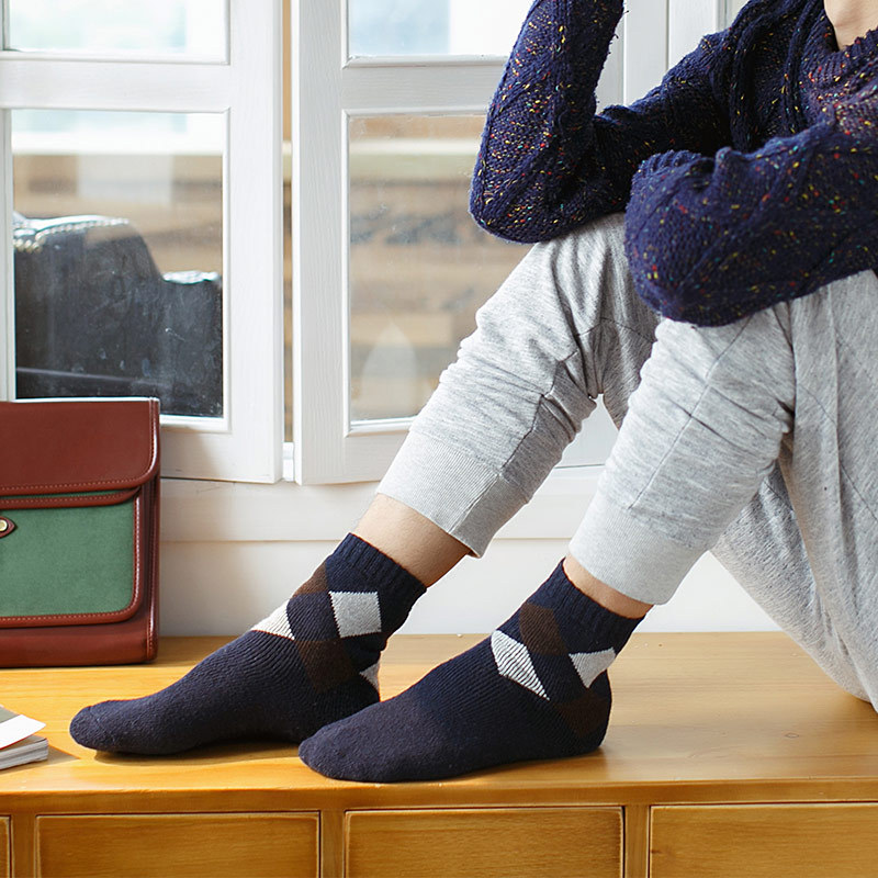 Mantieqingway Male Plaid Printed Socks for Mens Suits Business Dress Wool Socks Casual Mens Wool Winter Warm Long Socks