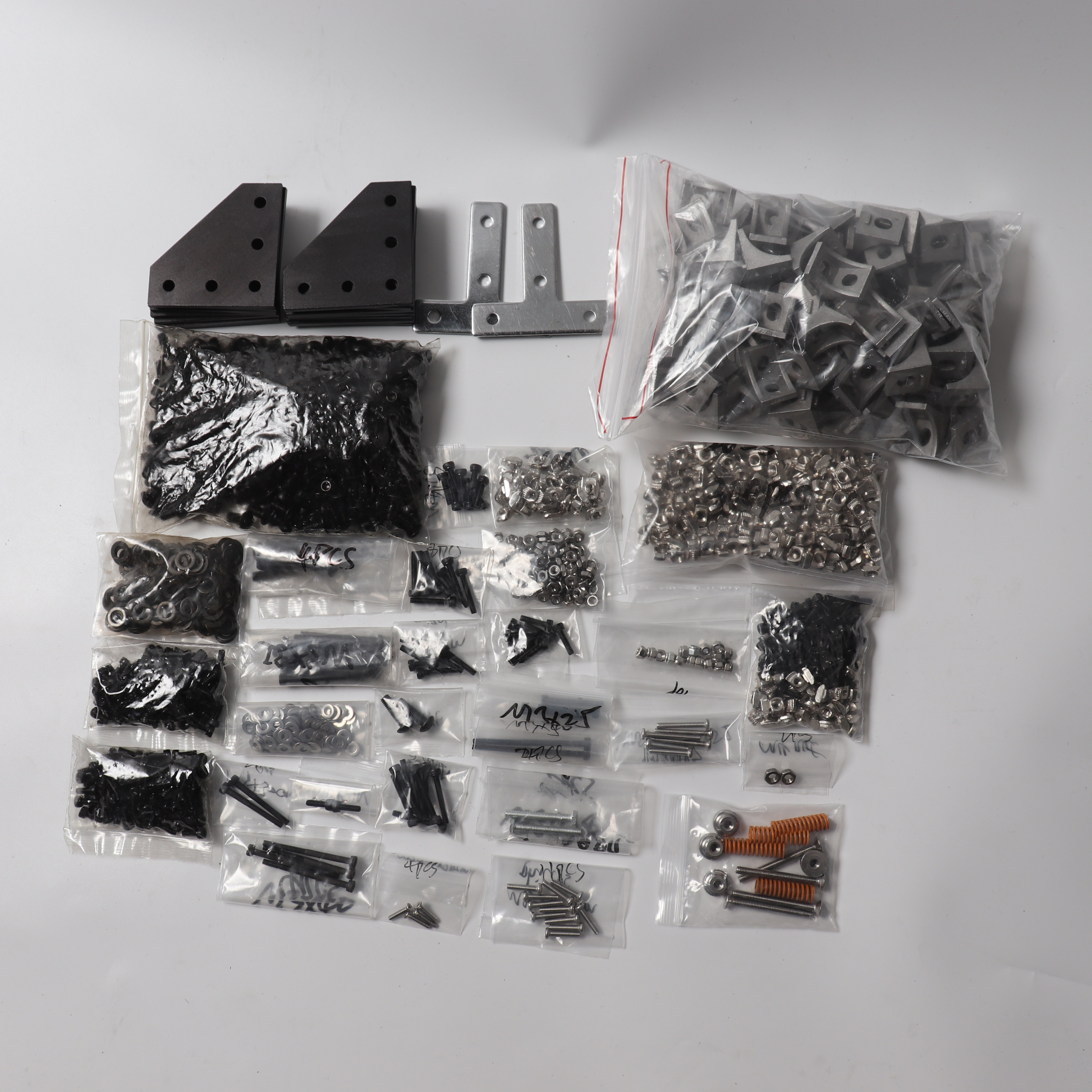 BLV 3D Printer Full Screws Nuts, Bracket And Corners Kit For BLV MGN Cube 3d Printer 5 Holes Joining Plate 60*60 T Joining Plate
