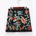 Primavera 2017 mini étnico mujeres faldas cortas bordado negro de la falda de cintura alta floral vintage bordado faldas mujer