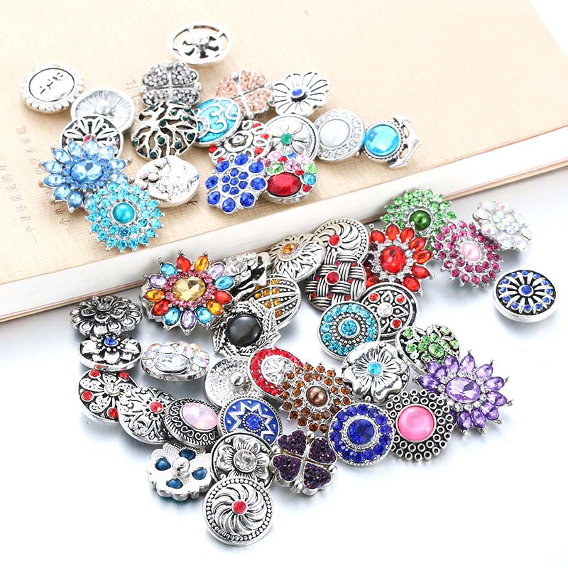 10pcs/lot Mixed Style 18mm Metal Snap Buttons Jewelry Random 50 Designs Ginger Crystal Fit Bracelet 1603
