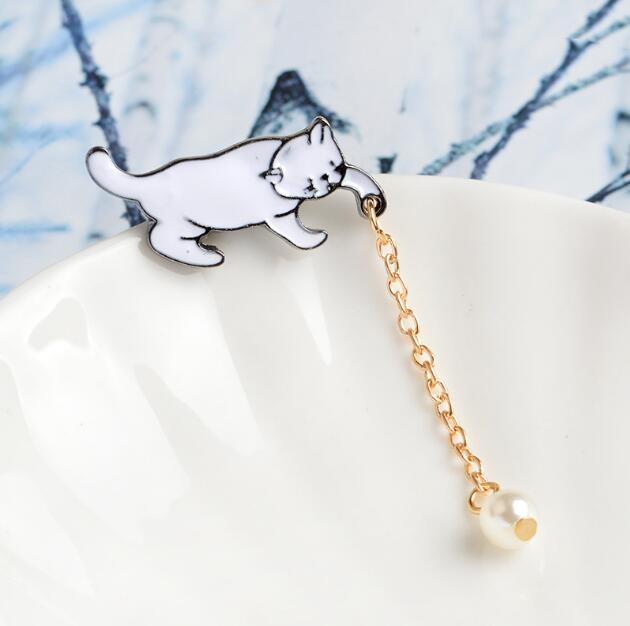 Jisensp Alloy Cute Little White Imitation Pearl Cat Brooch Pins Chic Fashion Jewelry Bijoux Brooch Wholesale Women Accessories 3