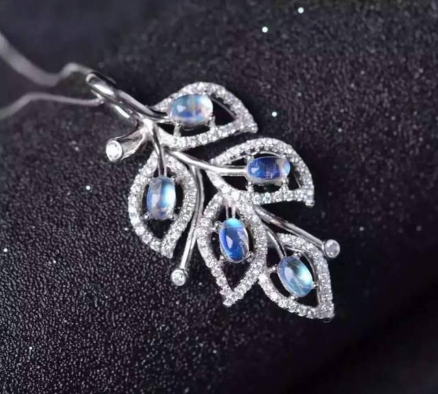 Azul piedra lunar natural de piedra colgante de plata de ley 925 Natural Colgante de piedras preciosas Collar de la muchacha de las mujeres de joyería de moda de Las Hojas