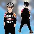 Crianças hip hop vestuário 2 pçs/set Conjunto de Roupas Meninos Roupas de Outono das Crianças Calças Haren Esportes Menino Patchwork Carta Conjunto
