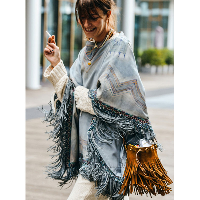 2018 New Genuine Leather Bags For Women Vintage Suede Tassel Small Bucket Bag Hippie Feminine Crossbody Bolsos Nubuck leather genuine leather suede vintage bohemian fringe messenger crossbody bag purse women tassel boho hippie gypsy fringed handbag women