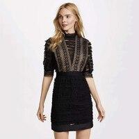 Wysoka jakość w stylu vintage sheer czarny potargane koronki suknia sheer rękawy balon kobiety fitness płaszcza sukienek