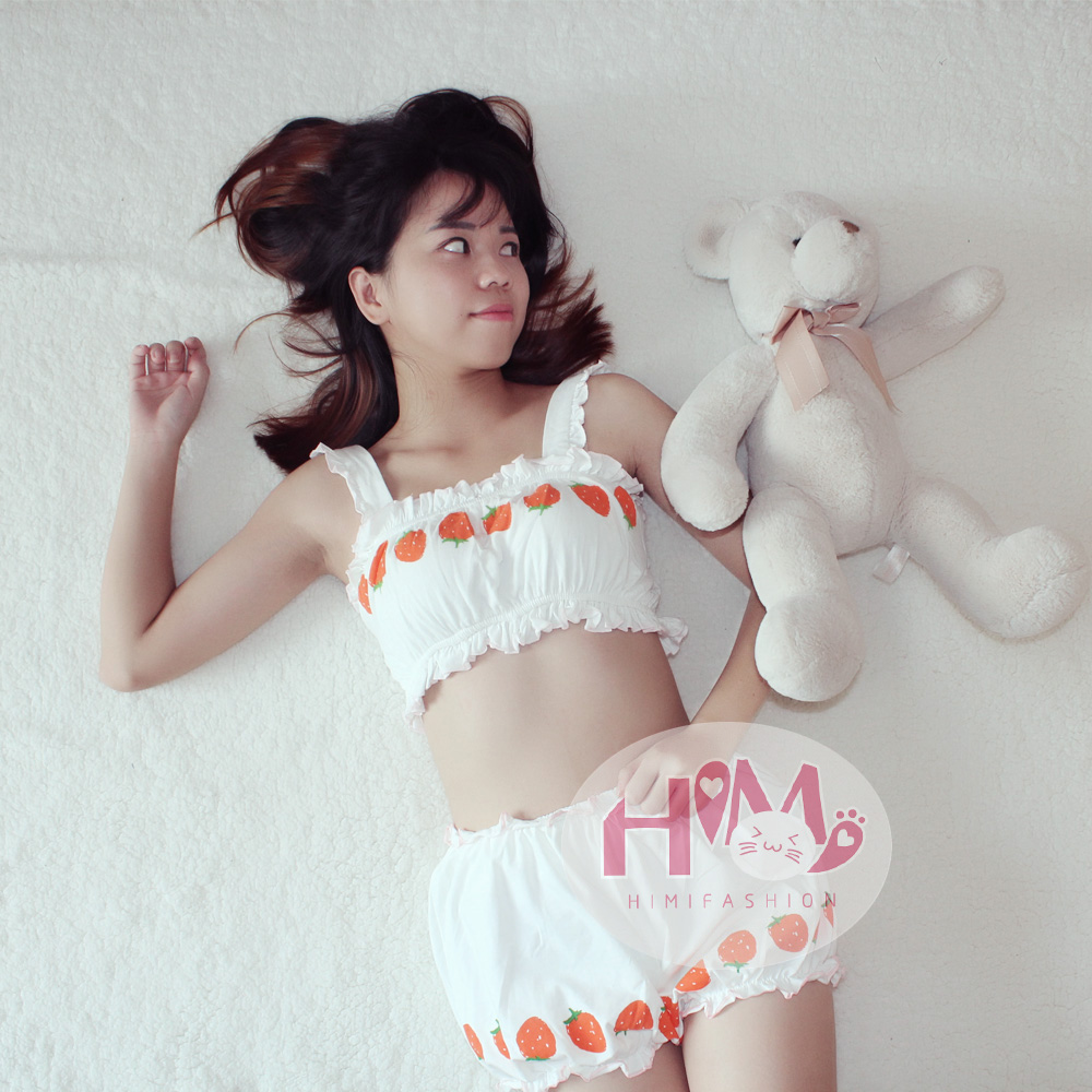 Harajuku Strawberry Graphic Cream White Home Underwear Women Japanese Fashion Cute Pajamas Girls -4518