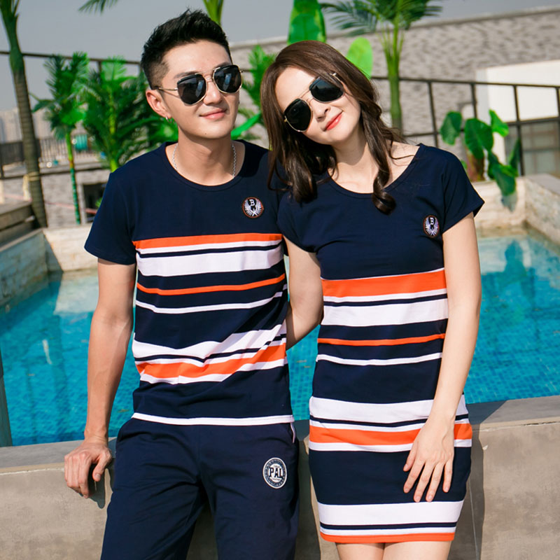 17a2bc7ba37e Family Matching Outfits 2018 summer Fashion Striped T-shirt Outfits Mother  And Daughter Dresses And Father ...
