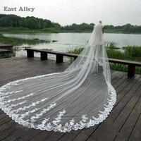 Lüks 3.5 M Beyaz Fildişi Katedrali Düğün Veils Uzun Dantel Kenar Bridal Veil ile Tarak Düğün Aksesuarları Gelin Mantilla Peçe