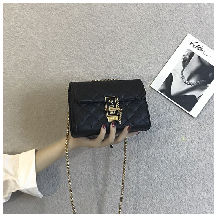 Fashion Chain PU Leather Women Shoulder Bags Solid Lock Messenger Crossbody Bag Small Ladies Handbags metallic pu chain crossbody bag