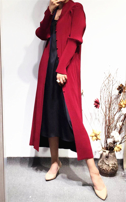 FREE SHIPPING new arrival quinquagenarian   trench   outerwear pleated reversible medium-long pros and cons   trench   IN STOCK