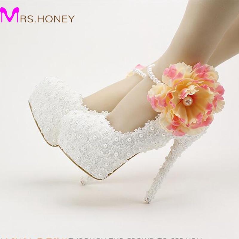 ФОТО 2016 White Lace Flower Wedding Shoes Ankle Strap with Applique Princess Platform High Heel Bridal Dress Shoes Women Spring Pumps