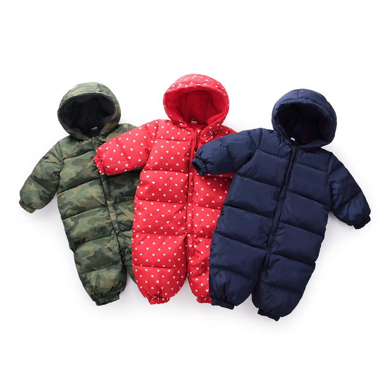 Купить с кэшбэком Winter Baby Boys Camouflage Jumpsuit Baby Keep Warm Romper infants Hooded flannel Thicker Clothes Toddler Girls Cotton Clothing